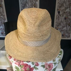 Gap packable straw hat